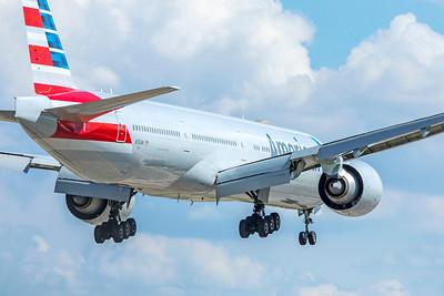 American Airlines Boeing 777-323(ER) N731AN 9-2-18