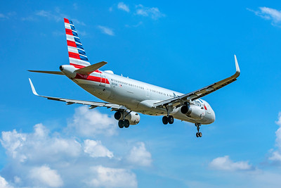 American Airlines Airbus A321-231 N142AN 9-2-18