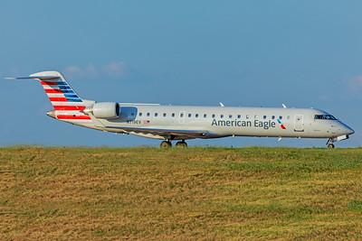 Expressjet Bombardier CL-600-2C10 CRJ-701ER N719EV  9-2-18