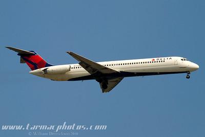 DeltaAirlinesMcDonnellDouglasDC951N775NC_14