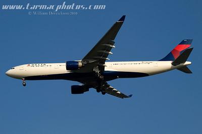 DeltaAirlinesAirbusA330323N803NW_2