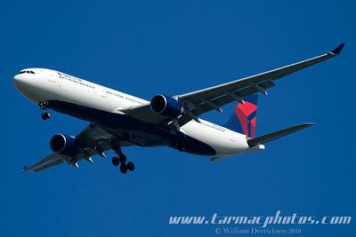 DeltaAirlinesAirbusA330323N801NW_5