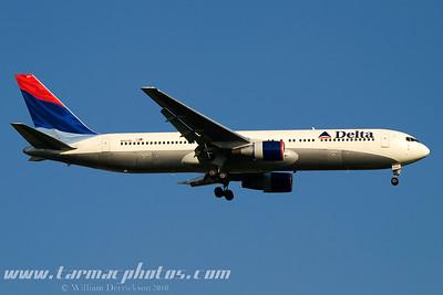 DeltaAirlinesBoeing767332N127DL_7