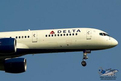 DeltaAirlinesBoeing757232N608DA_21