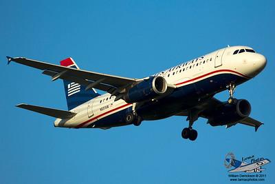 USAirwaysAirbusA319132N831AW_3