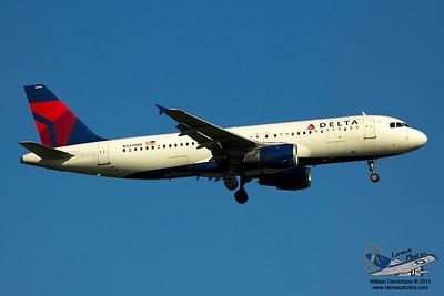 DeltaAirlinesAirbusA320212N349NW_13