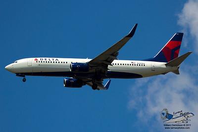 DeltaAirlinesBoeing737832N387DA_33