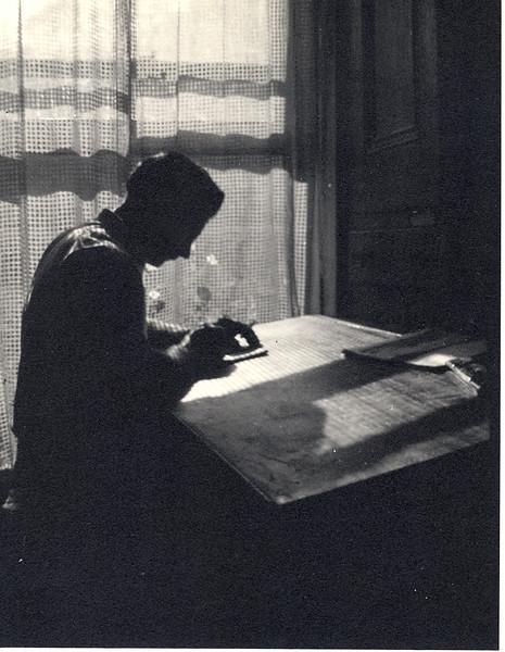192504JamesKelleyDesk