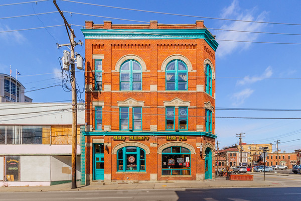 • 4th Street East • Central Business District • Covington • Kentucky • United States •