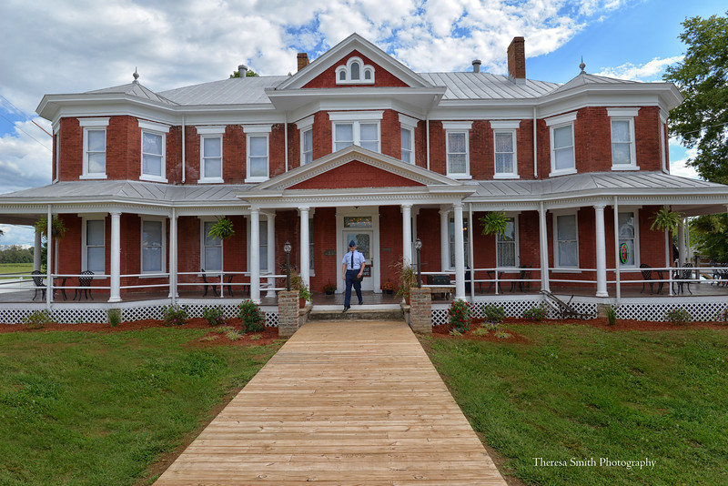 Grand Victorian Inn Park City, KY