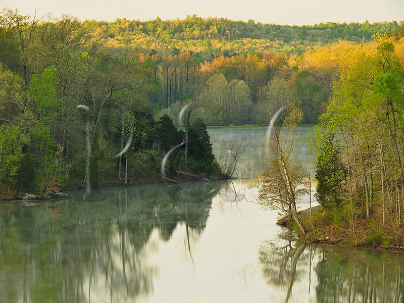 KY PENNYRILE FOREST STATE RESORT PARK PENNYRILE LAKE SUNRISE APRAF_4180544MMW