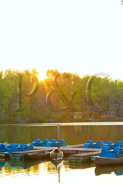 KY PENNYRILE FOREST STATE RESORT PARK BOAT DOCK SUNSET APRAF_MG_7951MMW