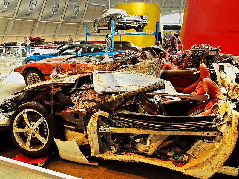 KY BOWLING GREEN NATIONAL CORVETTE MUSEUM CORVETTE CAVE IN APRAF_4140559MMW