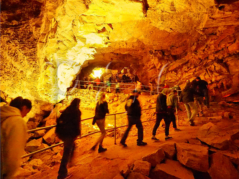 KY PARK CITY MAMMOTH CAVE NP DOMES AND DRIPSTONES TOUR APRAF_4120426MMW