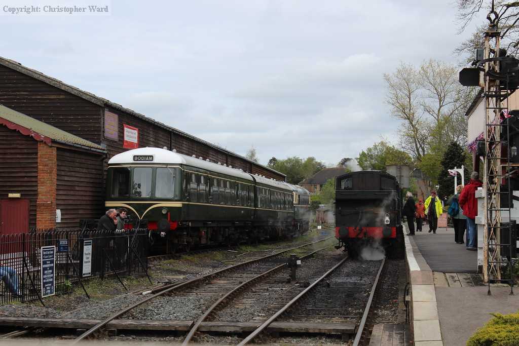 1638 and the DMU at Tenterden
