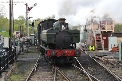 1638 runs into the station with a Tenterden-bound train