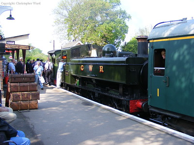 1638 as the train engine (with the P class leading) prepare to leave Tenterden