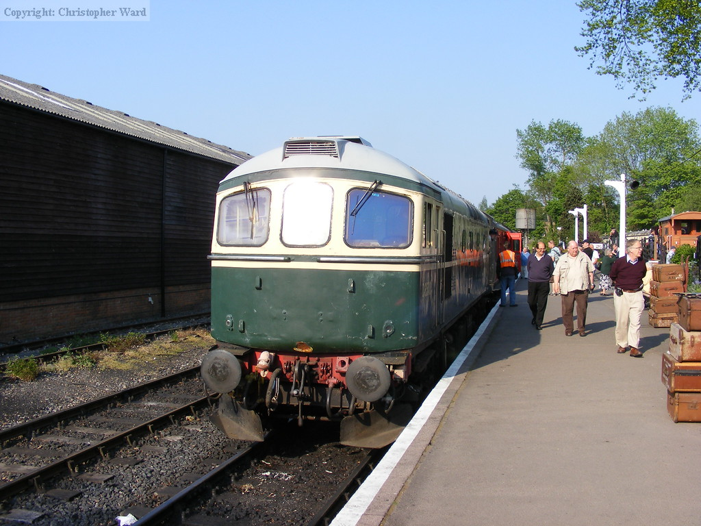 D6750 prepares to take the train in lieu of a failed engine