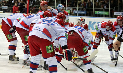 Команда ЦСКА (Москва) перед началом игры