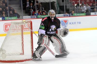 Челябинский Трактор выиграл у магнитогорского Металлурга со счетом 4:0 в товарищеском матче, который состоялся в Германии.
