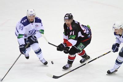 Челябинский Трактор проиграл второй матч подряд на Кубке Губернатора Нижегородской области.
