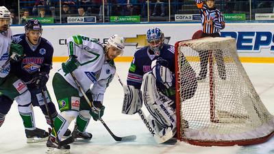 В финале восточной конференции Кубка Гагарина магнитогорский Металлург выиграл на своем льду у уфимского Салавата Юлаева две игры подряд.
