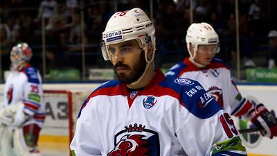 Пражский Лев выиграл третий матч финальной серии Кубка Гагарина у магнитогорского Металлурга со счетом 3:2.