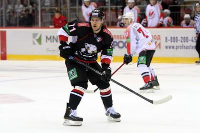 Нападающий Трактора Вячеслав Основин прокомментировал в интервью 74hockey.ru матч, в котором челябинская команда выиграла у новокузнецкого Металлурга со счетом 5:1