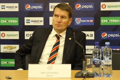 Главный тренер челябинского Трактора Карри Киви и главный тренер команды Йокерит Хельсинки Эркка Вестерлунд прокомментировали матч, в котором Йокерит выиграл со счётом 2:1.