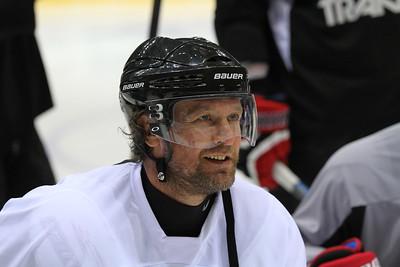 Виталий Атюшов
