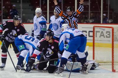 Челябинский Трактор выиграл в Минске у местного Динамо со счётом 4:2.