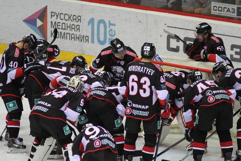 Челябинский Трактор уступил в гостях ярославскому Локомотиву с минимальным счётом 0:1.
