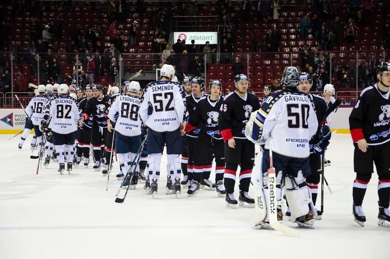 Челябинский Трактор обыграл у себя дома хоккейный клуб из Сочи со счётом 5:3.