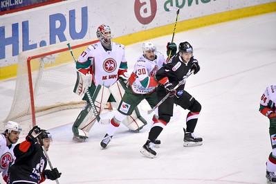 Челябинский Трактор проиграл у себя дома казанскому Ак Барсу со счётом 1:2