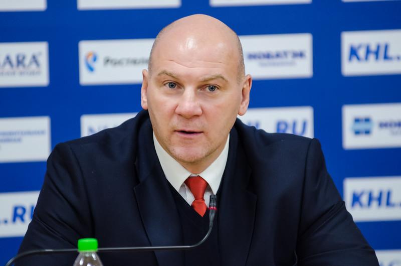 Главный тренер челябинского Трактора Андрей Николишин и главный тренер Медвешчака Горди Дуайер прокомментировали матч, в котором Медведшчак выиграл со счётом 2:1.