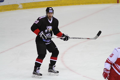 Московский Спартак выиграл у челябинского Трактора со счётом 5:1 в матче Континентальной хоккейной лиги.