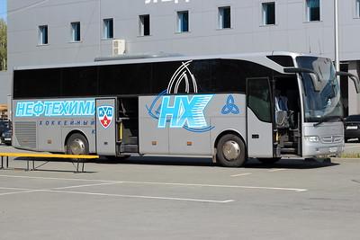 """Автоус хоккейной команды """"Нефтехимик"""" (Нижнекамск)"""