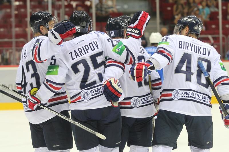 Магнитогорский Металлург стал первой командой, которая вышла в финал восточной конференции Континентальной хоккейной лиги.