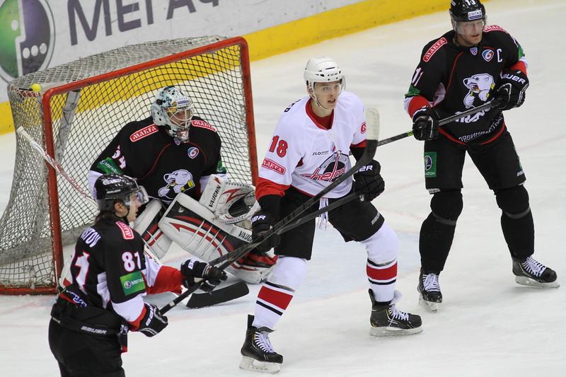 Челябинский Трактор в товарищеском матче обыграл Челмет со счетом 3:1