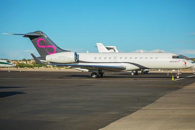 Zetta Jet Bombardier BD-700-1A10  N288ZJ 8-26-17 2