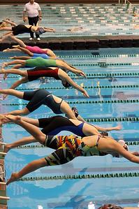 swimming_4693