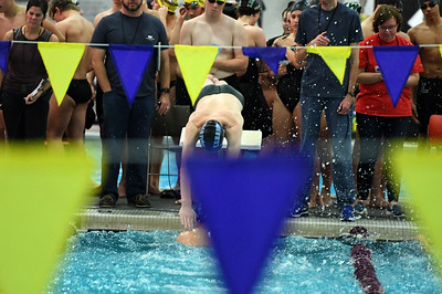 swimming_8182