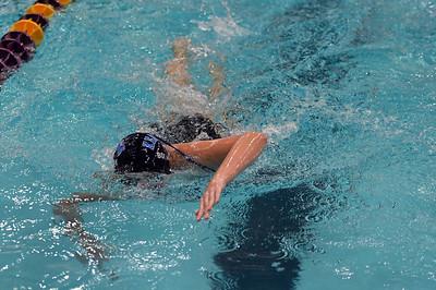 swimming_8253