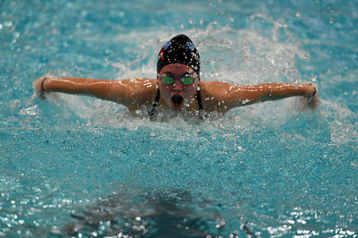 swimming_7995