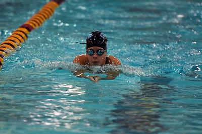 swimming_7963