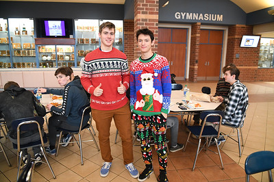 ugly_sweater_day_9105