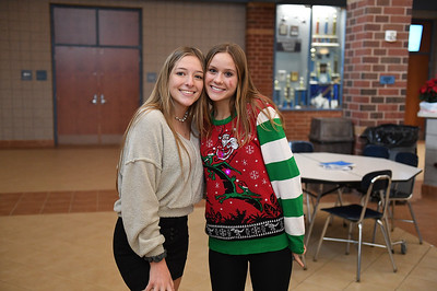 ugly_sweater_day_9092