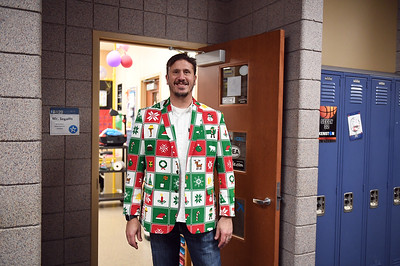 ugly_sweater_day_9131