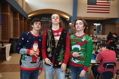 ugly_sweater_day_9101
