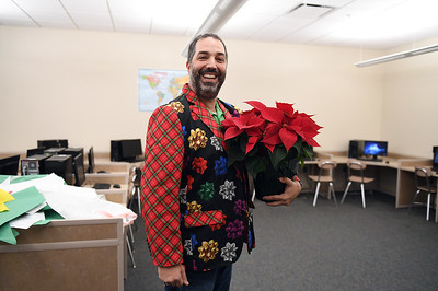 ugly_sweater_day_9143